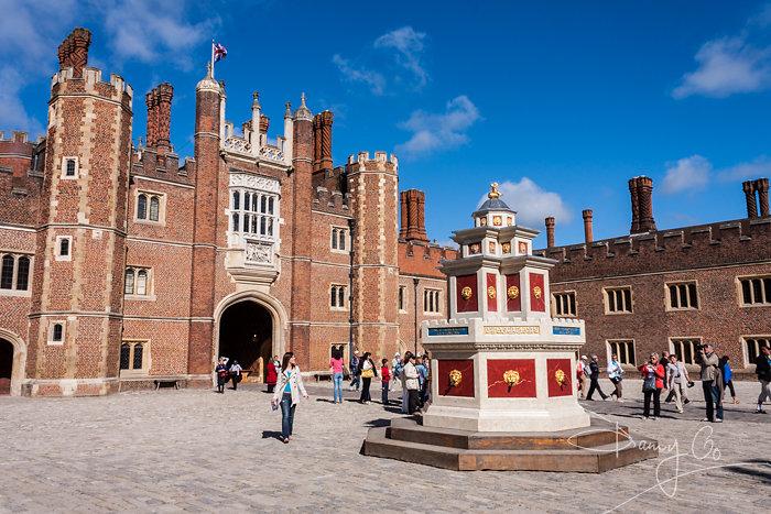 Hampton Court Wine Fountain